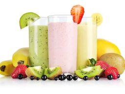Vitaminas com leite e frutas 300 ml