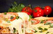 Pizza grande + refrigerante de 1,5L+ Pizza pequena Doce