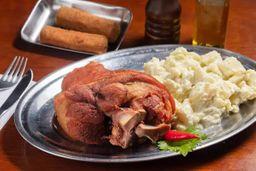 Croquete, Esbein Grelhado e Salada Batat