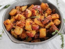 Batatas Cozidas com Bacon e Cebola