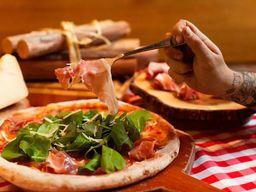 Pizza de Parma e Rúcula - Grande