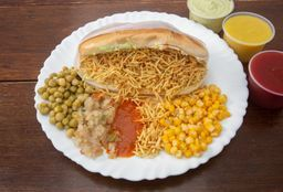 Compre 2 hot dogs e ganhe 1 Brahma chopp 473 ml (latão)