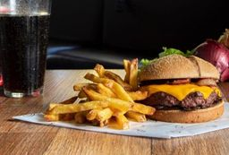 Combo Burger + Batata + Coca-Cola 220 ml