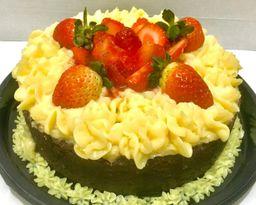 Torta Brownie Ninho com Morango - 800g