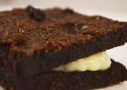 Brownie de Beijinho de Coco