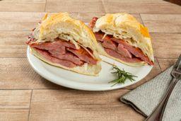 Sanduíche de Linguiça Mineira