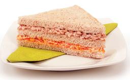 Sanduíche Natural de Atum com Requeijão