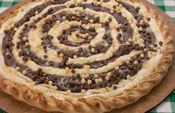 Pizza doce grande mix de chocolate borda trancada