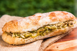 Sanduíche de Ciabatta com Carne Assada
