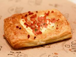 Danish de peito de peru e cream cheese