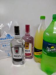 Gin rock`s + sprite ou schweppes+ gelo 1 kg