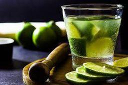 Caipirinha de Limão Vodka