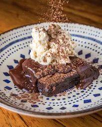 Brownie Calda de Nutella e Crocante de Avelãs