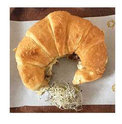 Croissant Carne de Sol e Queijo Coalho