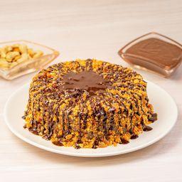 Torta Média de Brigadeiro Crocante de Castanha - 1,3kg