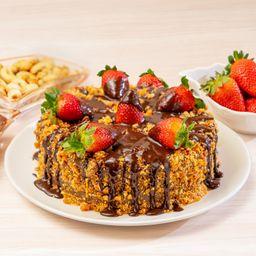 Torta Média de Morango com Brigadeiro Crocante - 1,3kg