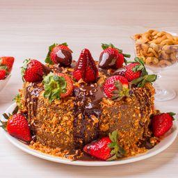 Torta de Morango com Brigadeiro Crocante - 2kg