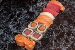 Combinado Sushi - 14 Peças + Guaraná 350ml