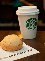 15% OFF - 1 Café Latte + 1 Pão de Queijo