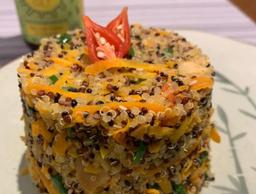 Quinoa Colorida com Amêndoas