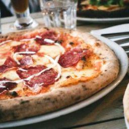 Combo Pizza - Média