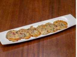 Mini Pizza Massa Couve Flor Carne Seca 6 Unidades