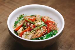 Salada Caprese com Pesto
