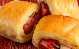 Mini Hot Dog de Forno Recheado
