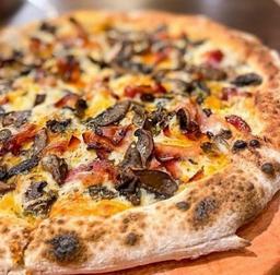 1 Pizza Grande e 1 Refrigerante 1,5L
