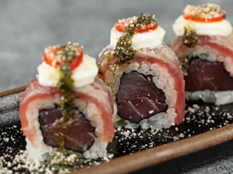 Tuna Burrata Roll