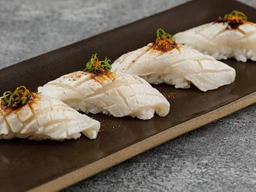 Sushi de Peixe Branco Brulée