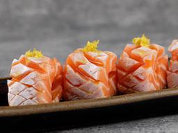 Sashimi de Barriga de Salmão Trufado