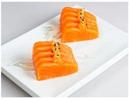 Sashimi de Steelhead Salmon com Gengibre
