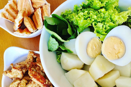 27 - Salada de Batata com Ovo