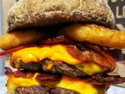 The Triplo Cheddar Bacon