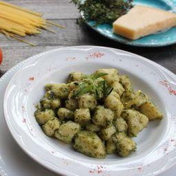 Nhoque ao Pesto Genovese  - Serve 4 Pessoas