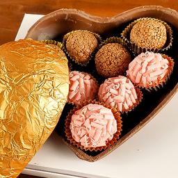 Coração de Chocolate com Brigadeiros Gourmet 400g