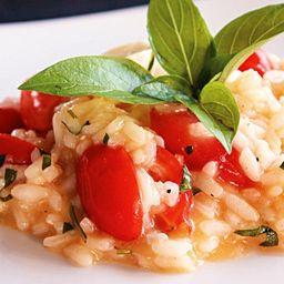 Risoto de Tomates Frescos e Manjericão