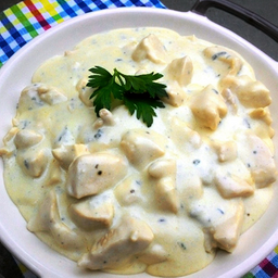 Peito de Frango ao Molho Gorgonzola
