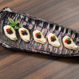 5 Sashimi de Prego C/ Ovas de Mujjol