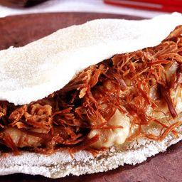 Tapioca de Carne Seca com Mussarela