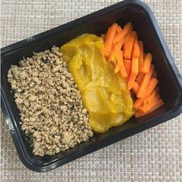 Patinho Moído + Purê de abóbora + Cenoura