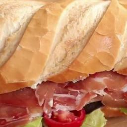 Sanduíche Especial de Presunto Parma