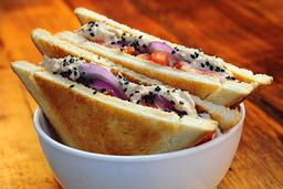 14 - Pão de forma Pasta de Atum