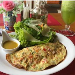 Omelete + Salada