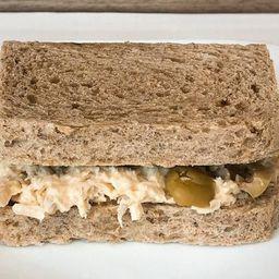 Sanduíche de Frango com Azeitonas