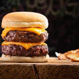 Double Cheese Burger Maximus + Fritas