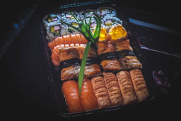 Combo de sushis 4 sushi maçaricado 4 sushi normal 4sushi skin 2