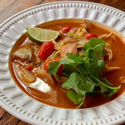 Tom Yum Gai (Frango)
