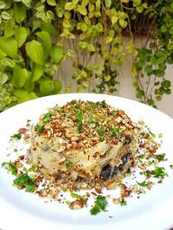 Escond. batata doce e mix de cogumelos.